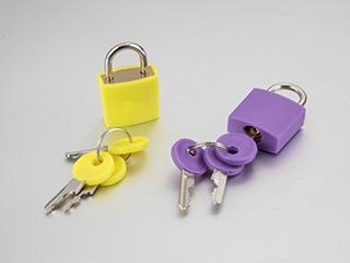 Plastic padlock
